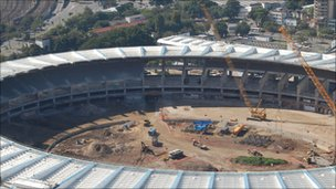 أعمال البناء في ملعب ماراكانا