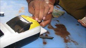 Lector de datos de tarjeta biométrica
