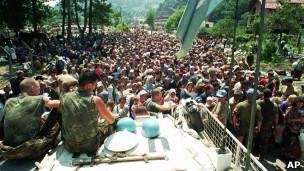 قوات هولندية في البوسنة