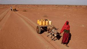 أزمات أمنية وسياسية وغذائية في الصومال