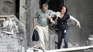 Explosão atingiu escritório do primeiro-ministro e deixou vários feridos em Oslo