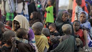 Refugiados somalíes en el campo de refugiados Dadaab en Kenia