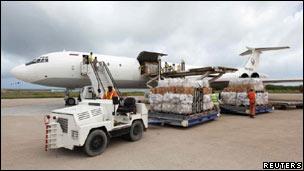 Ayuda alimentaria llega Mogadiscio