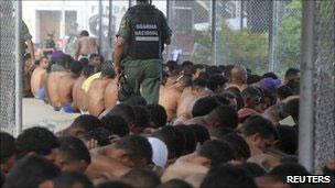 Rebelião na prisão de El Rodeo (Reuters)
