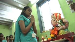Jovens no curso de formação religiosa