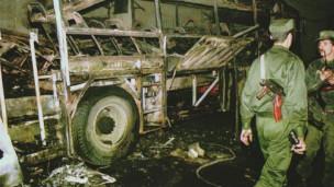 Actualité de la situation sécuritaire en Algérie - Page 3 110814143244_algeria_bomb_304x171_bbc_nocredit