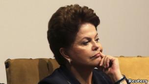 Para revista, 'recompensa' de Dilma a demissões tem sido ameaças de motim em sua base de apoio
