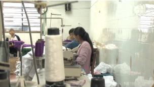 Bolivianos en taller de Sao Paulo