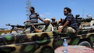 Rebeldes libios en combate