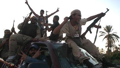 Mucaaradka ayaa galay Tripoli, caasimadda Libya