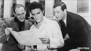 http://wscdn.bbc.co.uk/worldservice/assets/images/2011/08/23/110823095740_mike_stoller_left_elvis_presley_and_jerry_leiber_in_1957_304x171_reuters_nocredit.jpg