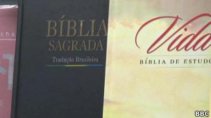 Bíblias na rua Conde de Sarzedas