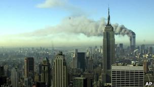 Nova York após ser atingida por ataques em 11 de setembro de 2011.