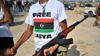 Phe nổi dậy Libya dùng súng AK-47