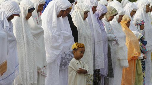 Sembahyang Ied di Jakarta. Foto AP