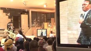 Culto em Lagos, na Nigéria (BBC)