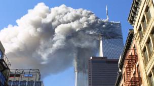 2001年美国纽约世贸大厦遭受恐怖袭击