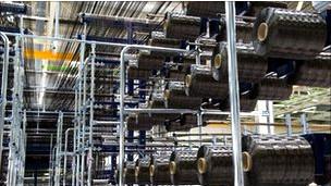 Fábrica de materiales de fibra de carbono.