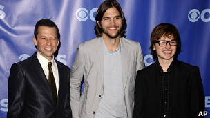 Jon Cryer, Ashton Kutcher y Angus T. Jones
