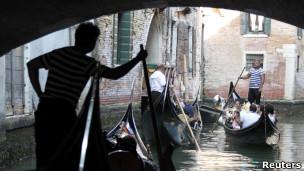 Gôndolas em Veneza Foto: Reuters