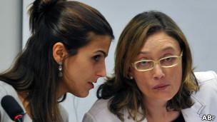 Deputada Manuela d'Avila e ministra Maria do Rosário. ABr