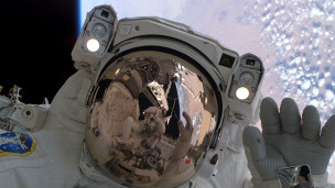 Kemik kaybı mikro-graviteden dolayı astronotların yaşadığı temel problemlerden biri.