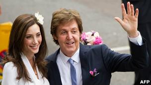 Пол Маккартни женится третий раз 111009150853_paul_mccartney_304x171_afp