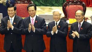 Các ông (từ trái sang) Trương Tấn Sang, Nguyễn Tấn Dũng, Nguyễn Phú Trọng, Nguyễn Sinh Hùng