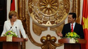 Thủ tướng Đức, bà Angela Merkel, và Thủ tướng Việt Nam, ông Nguyễn Tấn Dũng