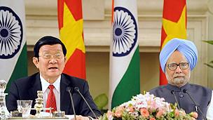 Chủ tịch nước Trương Tấn Sang trong chuyến thăm Ấn Độ vào cuối năm 2011