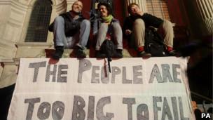Manifestantes acampados em Londres (PA)
