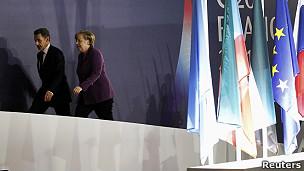 Kanselir Jerman Angela Merkel dan Presiden Prancis Nicolas Sarkozy