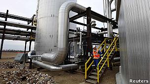 Instalación petrolera en Canadá.