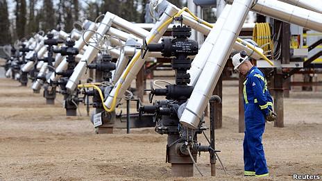 Extracción de crudo en Alberta, Canadá