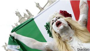 Manifestantes na Itália