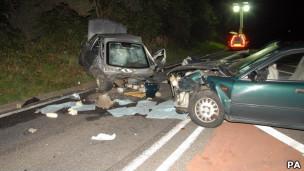 Carros accidentados