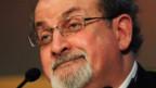 Salman Rushdie canta victoria contra Facebook