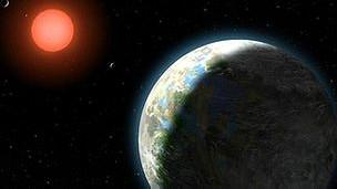 Un planeta con su estrella madre