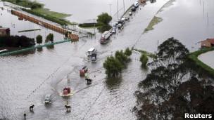 Las fuertes lluvias afectan la red vial colombiana