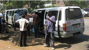 Vans em Harare