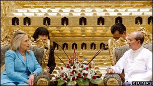 کلینتون و رئیس جمهوری برمه