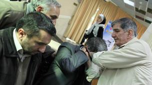 بزرگداشت مجروحان خنثی کنندگان مین در ایران
