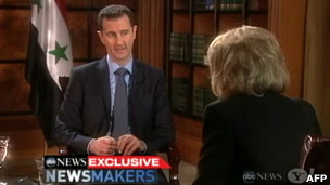 بشار الأسد خلال اللقاء