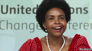 Ministra sudafricana Maite Nkoana-Mashabane
