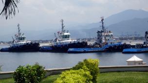 Barcos en el puerto de Manzanillo, Colima