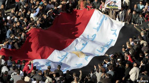 """مظاهرات حاشدة """"جمعة الشرف"""" بالتحرير"""