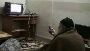 بن لادن در مخفیگاه او
