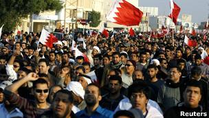 معترضان بحرینی