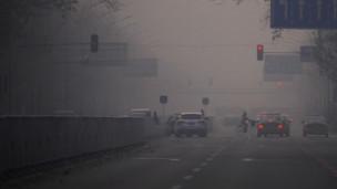 北京大雾中空气严重污染