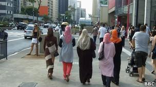 Muçulmanas na Avenida Paulista. BBC